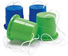 2 paires de sabots echasses bleues et vertes